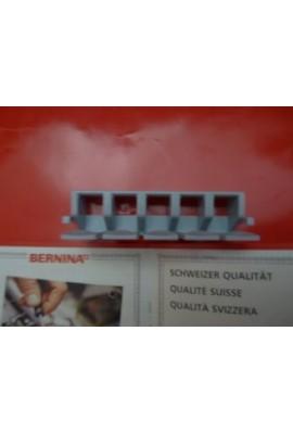 Intercalaire pour canette pour boite d'accessoire Bernina